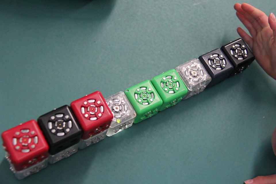 cubelets-thinking-blocks-5